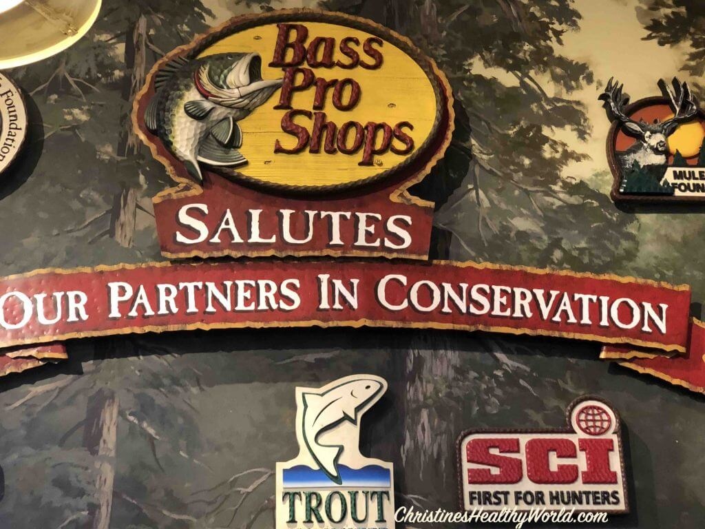 shopping-bass-pro-shop-museum