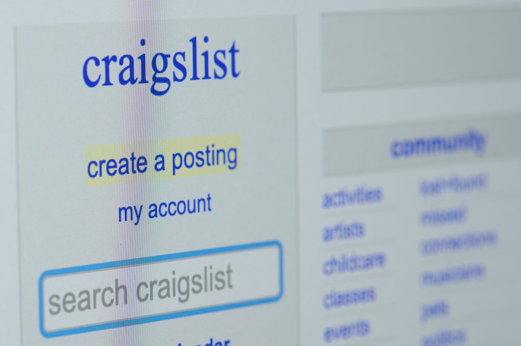 Declutter and downsize your stuff to get rid of everything by listing ads on Craigslist